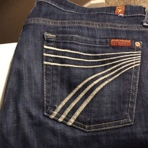 Like new 7 for all mankind Dojo jean