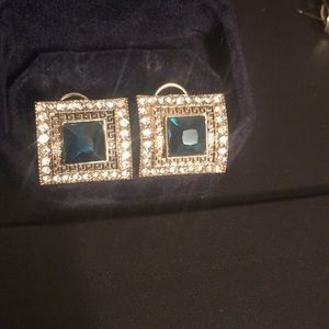 Beautiful brand new earring rings