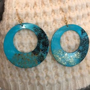 Turquoise earrings with gold and black