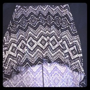 Black and white printed high low skirt
