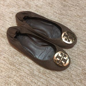 Tory Burch Reva Flats Brown Snakeskin Size 9