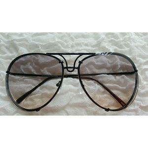 Accessories - Designer Inspired Aviator Sunglasses