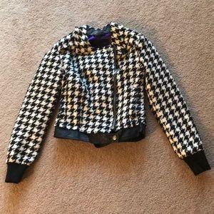 BNWT Gorgeous Guess Jacket