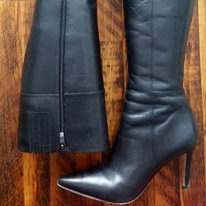 VS Catwoman boots