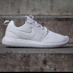 Women's White Nike Roshe Two
