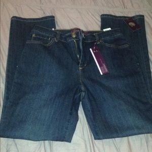 New Gloria Vanderbilt Size 6 jeans