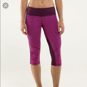 Lululemon run for your life crop in raspberry