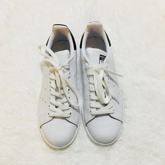 Zapatillas adidas Stan Smith de tamaño de las mujeres de 65 poshmark
