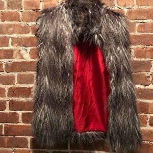 Jack by BB Dakota Gray Faux Fur Vest