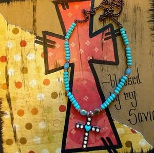TRENDY CROSS NECKLACE