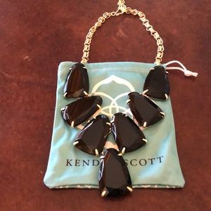 Kendra Scott Harlow statement necklace