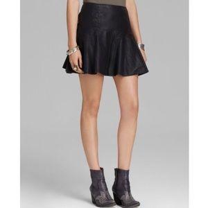 ✨ Vegan Free People black faux leather skirt 0 XS