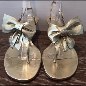 VALENTINO METALLIC GOLD TONE BOW SANDALS SZ 36