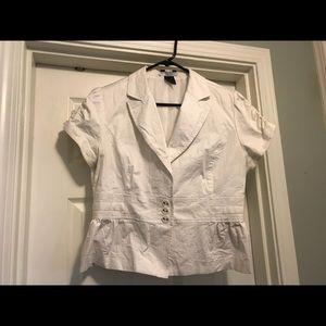 Ruched short sleeve white blazer