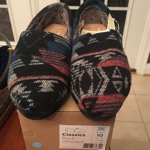 NWT Classic TOMS