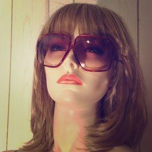 Vintage 70s Ladies Foster Grant Sunglasses NOS