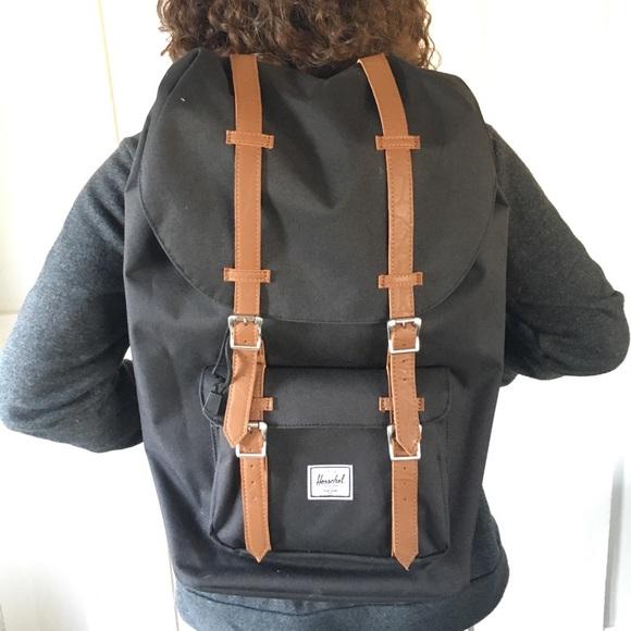 fa4ca44bfac Herschel Supply Company Handbags - Herschel Little America Like New