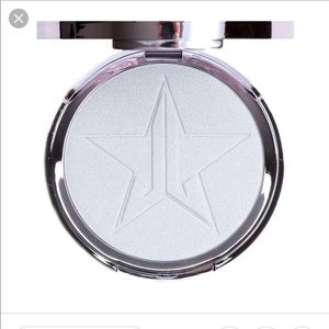 Crystal Ball skin frost by jeffree star cosmetics
