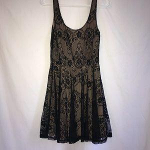 Mimi Chica black lace mini dress