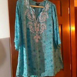 Silky blue blouse/plus 22/24. Georgeous