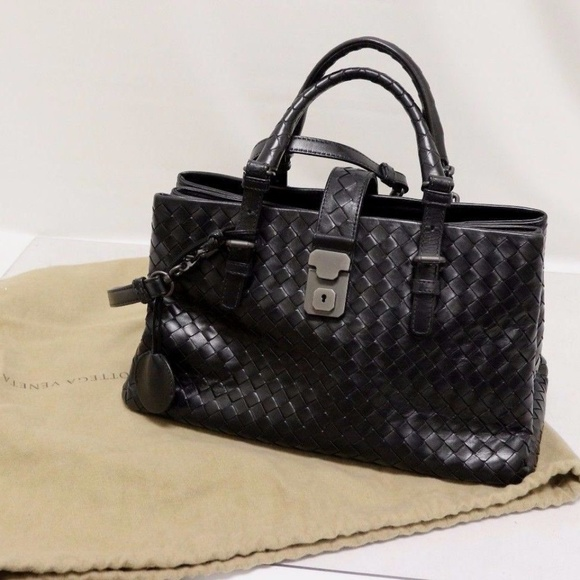 d2a077c148 Bottega Veneta Handbags - Authentic Bottega Veneta Small Roma Black Tote Bag
