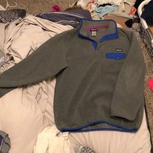 Patagonia pullover only worn 2 times!