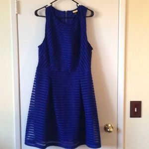 BLUE SKATER DRESS THICK MATERIAL