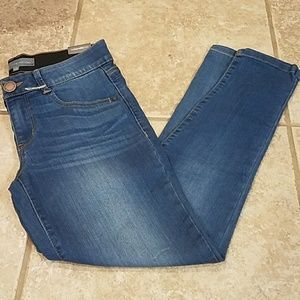 Wit & wisdom AB solution blue jeans size 4