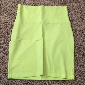 BRIGHT YELLOW PENCIL SKIRT