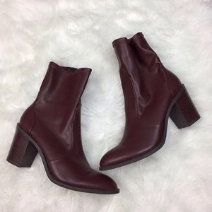 🎁Justfab Womens Wine Red Stack Heel Booties