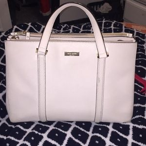 Excellent condition Kate spade shoulder bag