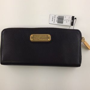 Marc by Marc jacobs Q slim wallet nwt