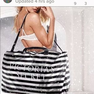New Victoria's Secret black and silver tote✨