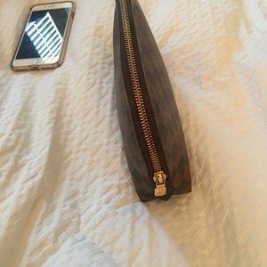 Louis Vuitton Damier Ebene Make up GM bag