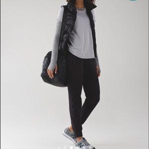 Lululemon ready to rulu jogger- black size 4