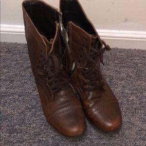 Steve Madden® Troopa boot!