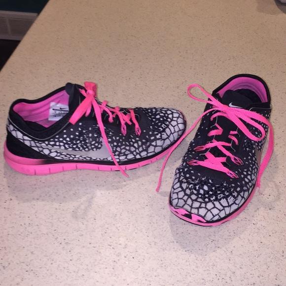 d335f8b6c903 canada free run 3 v5 size 9 nike 6abb5 aafb5  low price nike free 5.0 women  pink black size 9 e62e0 55afe