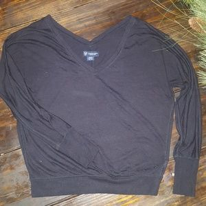 AE black long sleeve shirt