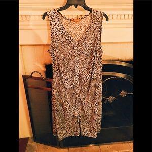 Sleeveless ruched leopard print dress