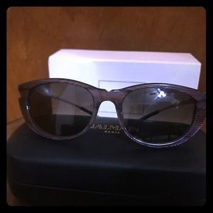 Balmain Sunglasses - Authentic