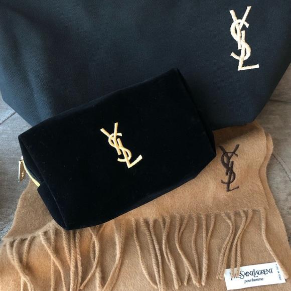 a4ef51c954e0 Authentic NWOT Yves YSL Black Velvet Makeup bag