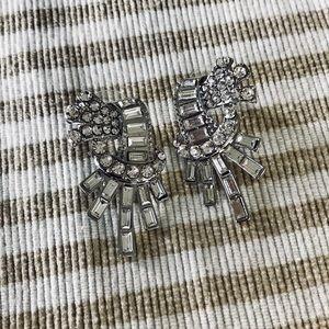 Jewelry - Vintage inspired crystal earrings