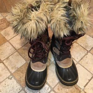 SOREL Joan of Artic Brown Suede & Faux Fur boots-8