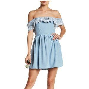 Lovers + Friends Ruffle Collar Dress Medium