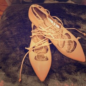 NWOT Size 10 Banana Republic Nude Lace Up Flat
