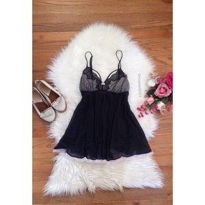 🥀 Victoria's Secret Soft Black Ruffle Babydoll 🥀