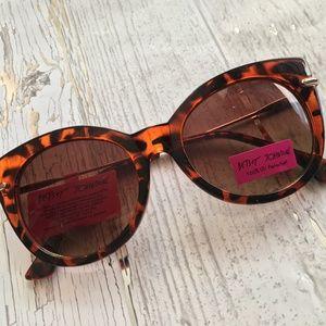 Betsey Johnson Cat-eye/Tortoise Sunglasses