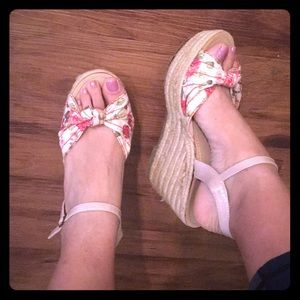Wedge espadrille shoes