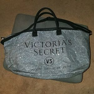 💎NWOT Victoria's Secret London Tote💎
