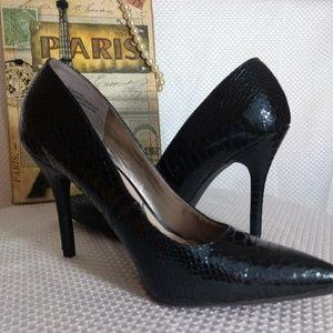 Sam & Libby New Heels